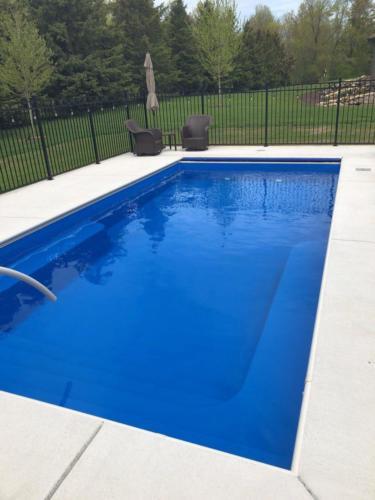 Pools-IngroundFiberglassPools-13x27-LilBob-Maya-Rectangle-Thursday-Saftron-Auto-Cover-GrandChute-Wisconsin