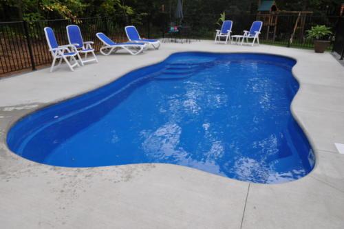 Pools-IngroundFiberglassPools-15x30-Oasis-Maya-Freeform-ThursdayPools-Sobieski-Wisconsin