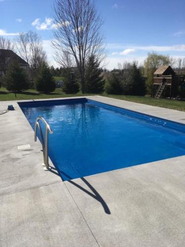 Pools-IngroundFiberglassPools-16x36-Greco-Rectangle-ThursdayPools-Auto-Cover-Appleton-Wisconsin