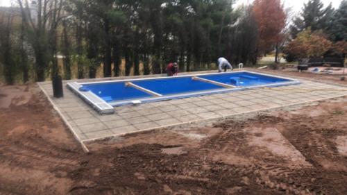 Pools-IngroundFiberglassPools-Shell-Installed-14x35-Aspen-Maya-Rectangle-ThursdayPools-Auto-Cover-GreenBay-Wisconsin