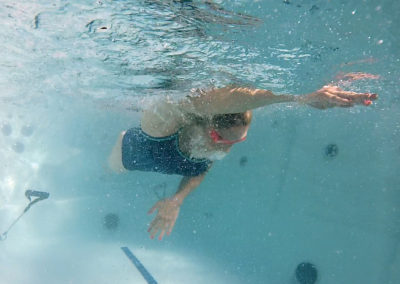 PowerPool-Underwater-Swimmer-400x284